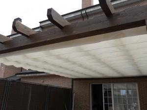 toldo blanco para porche exterior