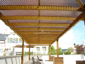 pergola en terraza amplia