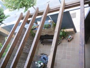 detalles vista aerea de porche en terraza de casa independiente