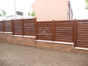 valla para cerrar la casa hecha en madera