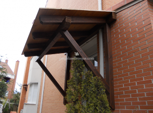 tejadillo de madera para ventana