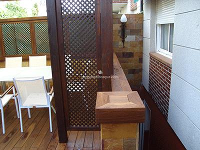 celosia sobre madera de wengue para separar la terraza
