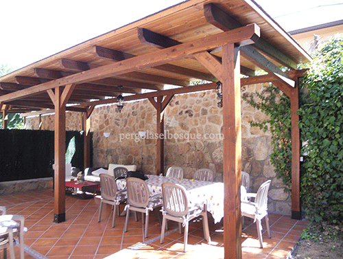 Pergolas porches celos a y vallas madera madrid for Choza de jardin de madera techo plano