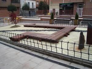 suelo decorativo hecho en madera de wengue