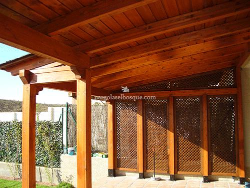 garage realizado en madera